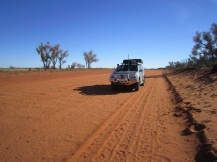 ISUZU on the Mulga Park Road