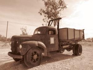 Lightning Ridge Truck